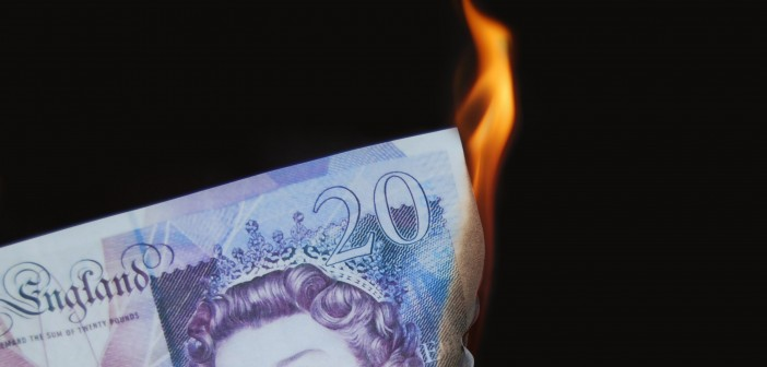 20 burning, concept, wealthy, money to burn, wasting money.