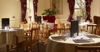hendford-care-home-dining