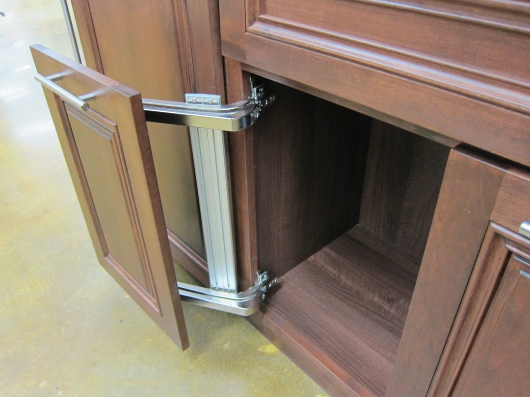 How A Space Saving Kitchen Door Mechanism Can Be A Boon